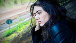 een meisje met onzekerheid behandeling hypnose
